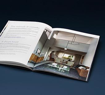 Mobile version of the double spread of the brochures design for the Knight Frank promotion of Serrano 141. Tea for two - editorial design.