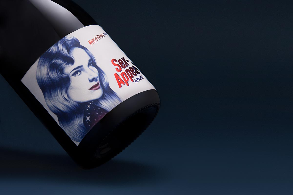 Label design for Sex-Appeal by Maior de Mendoza. Tea for two - package design.