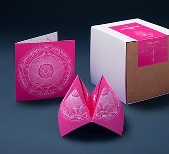 Versión para dispositivos moviles del diseño de felicitaciones navideñas. Tea for two - packaging en Madrid.