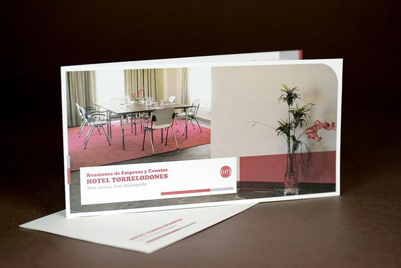 brochure-design-hotel-torrelodones-1