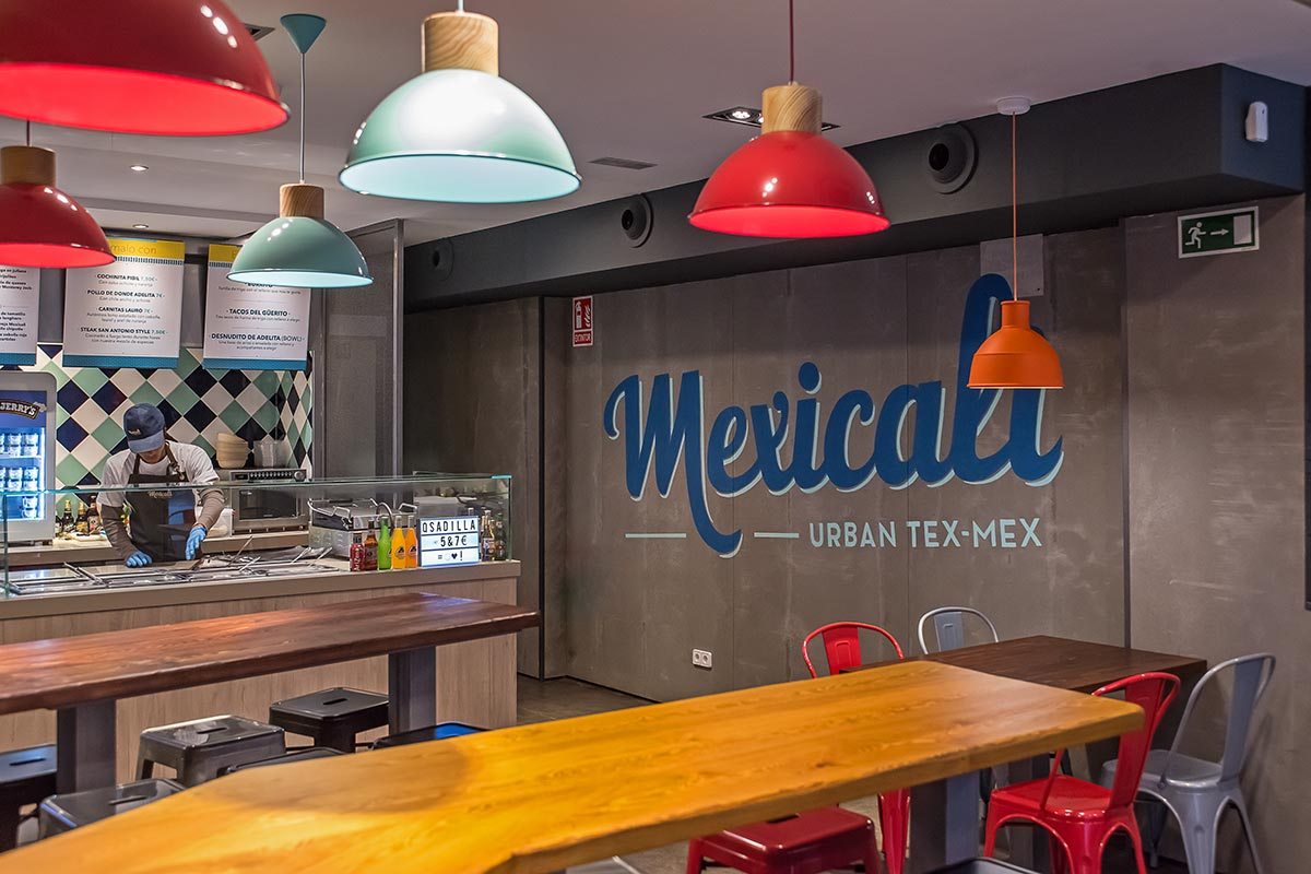Graphic design projects for Mexicali restaurants. Tea for two - restaurant menu design.