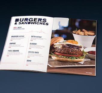 Versión para dispositivos móviles de la dirección creativa de una doble página interior de la cartas de comedor de los restaurantes Blue Frog. Tea for two - diseño de cartas de restaurantes.