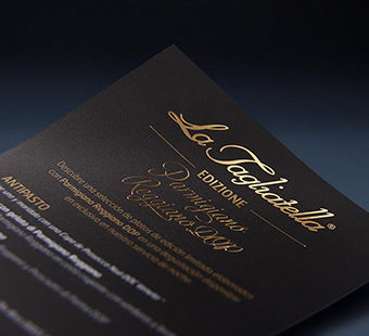 Mobile version of a detail of the golden stamping from the Edizione and coffee menu design for La Tagliatella restaurants. Tea for two - restaurant menu design.